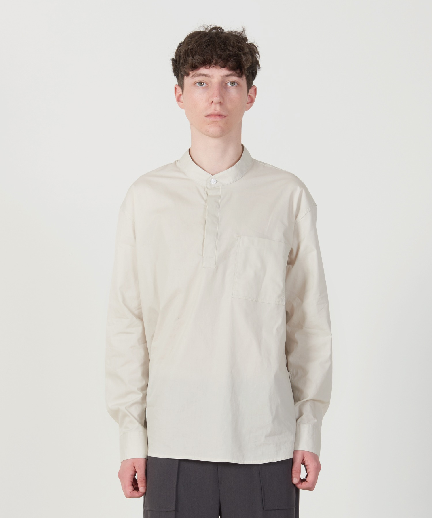 Solid Henly neck Shirt (ivory)